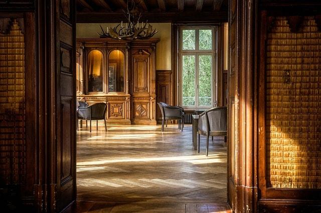 laminate or wood floor